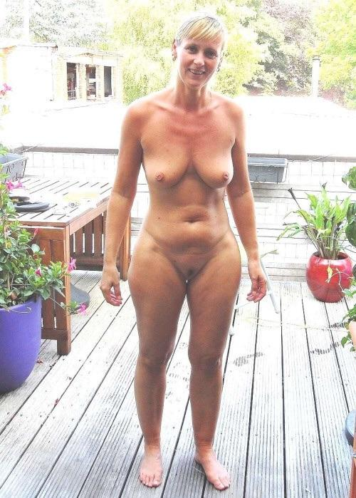 Friends and mom naked