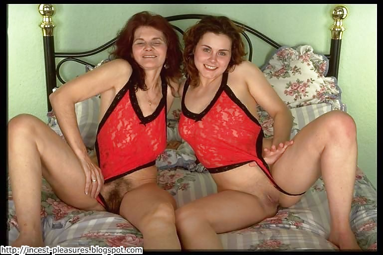 Real amateur mom and daughter